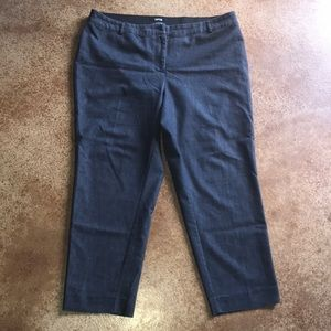 Apt 9 16W denim modern fit cropped pants